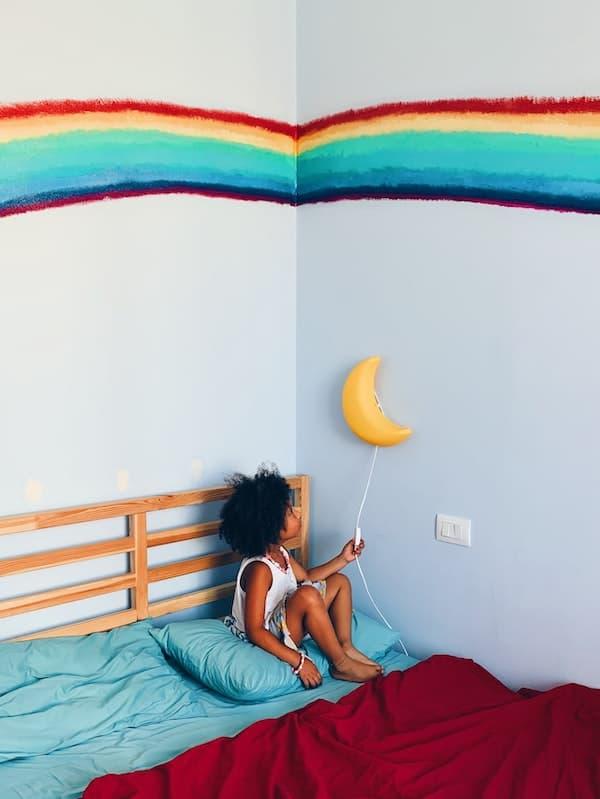 déco arc-en-ciel pour chambre enfant